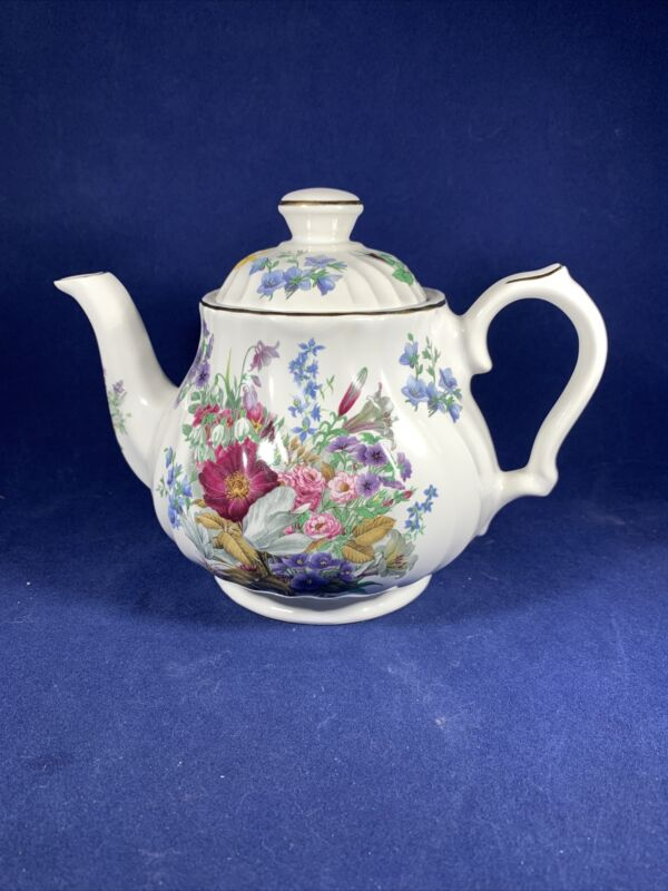 TEAPOT, Pristine Pottery, Fine Earthenware, Made in England, Summer Floral