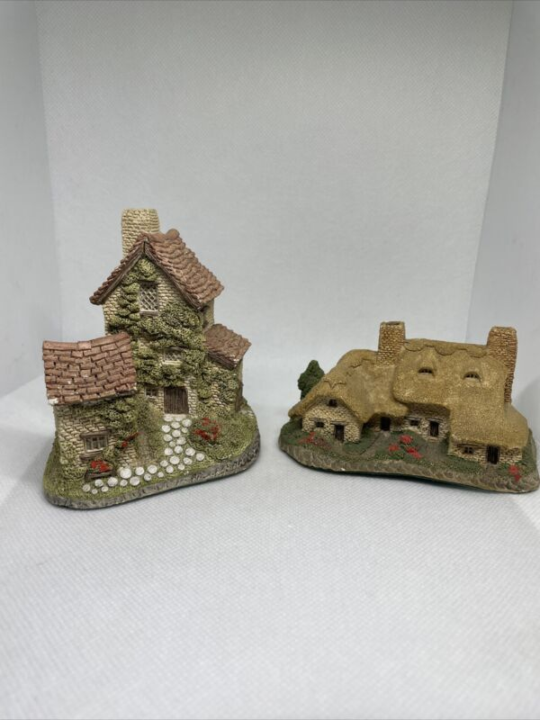 Meadowbank Cottages By David Winter Set Of 2