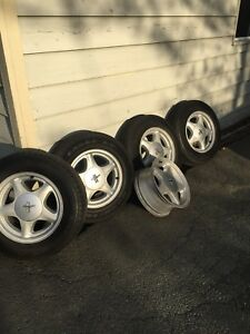 Mustang alloy rims with tires