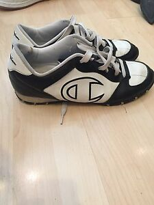 Champion ladies size 12 runners