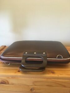 Laptop carrying case new never used