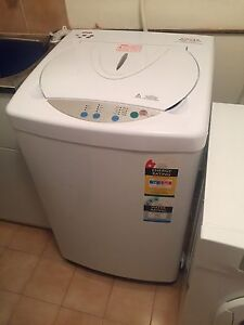 Singer 7kg top loader washing machine. Gymea Sutherland Area Preview