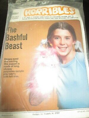 HORRIBLES Vintage THE BASHFUL BEAST Hand PUPPET Embroidery/Sewing KIT-1970's - Hand Puppet Kits