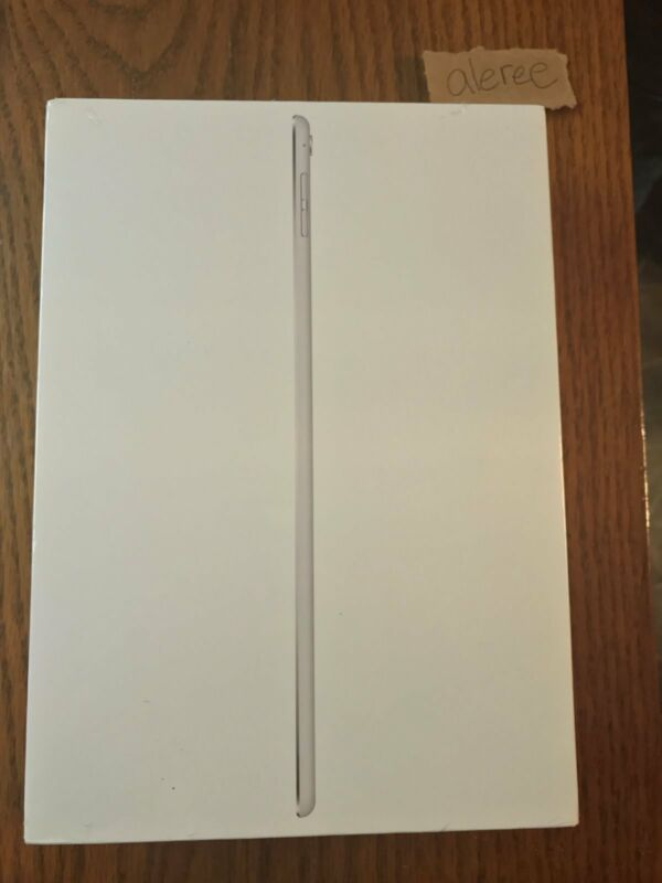 Apple iPad Pro with Wi-Fi 32 GB Silver ML0G2LL/A