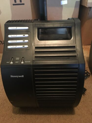 Honeywell Quietcare True HEPA Air Purifier 17000-S Germ Reduction USED