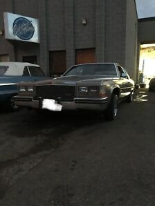 1983 Cadillac coupe deville lowrider