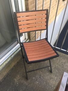 Foldable patio chairs