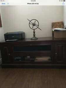 Selling large tv table