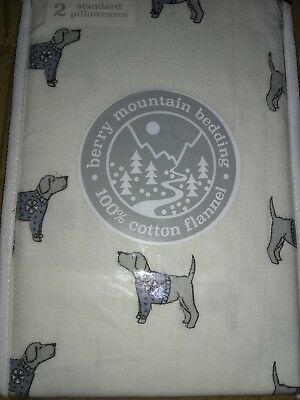 Berry Mountain 100% Cotton Flannel 2 Standard Pillowcases Dogs in Sweater NEW