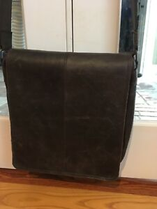 Beautiful Argentinian leather messenger bag