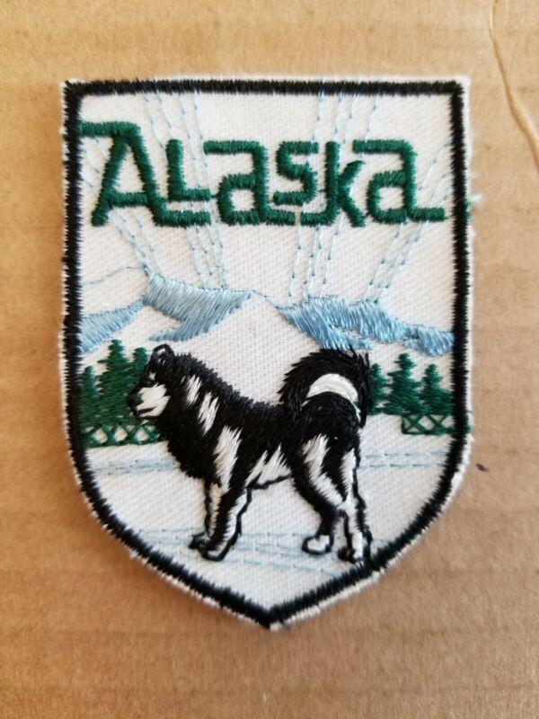 "VINTAGE ALASKA PATCH. 2"" x 2.3/4""."