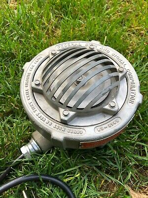 Federal Sign And Signal 31x Explosion Proof Horn 120vac 32w - Loud Works Good