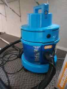 VAX vacuume and carpet cleaner. Inverell Inverell Area Preview