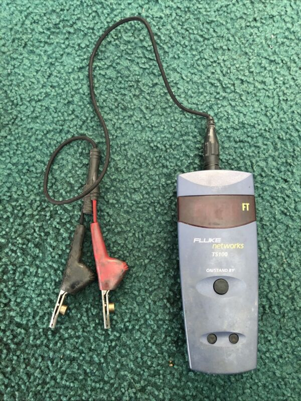 Fluke Networks TS100 Cable Fault Finder 3 in 1 Tool Model 26500-340 With Cables