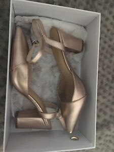 Formal ladies rose gold shoes size 8. In box