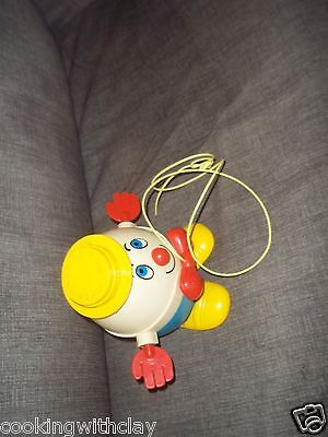 VINTAGE FISHER PRICE HUMPTY DUMPTY YELLOW TOP NURSERY RHYME PULL TOY ITEM # 736