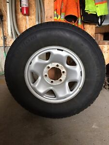 Winter Tires for sale with rim P245/75R16