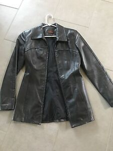 Ladies size small Danier leather jacket