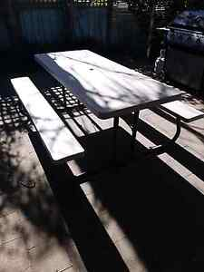 COLLAPSABLE OUTDOOR TABLE & CHAIRS Frankston North Frankston Area Preview