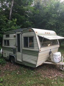 1973 Vanguard 16.5 foot trailer