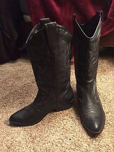 Ladies Western Boots 9.5