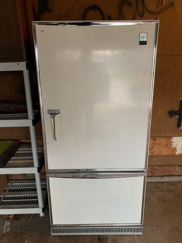Vintage Art Deco GE Refrigerator