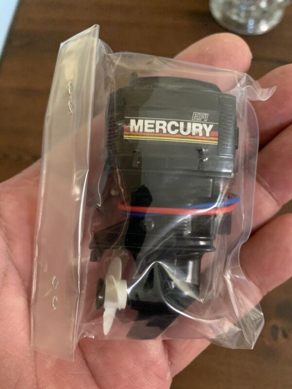MITSUWA MODEL MERCURY OUT BOARD MOTOR Type B (New in Original Box from Japan.)