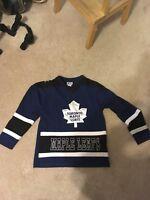 maple leafs jersey