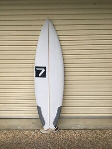 5'8 Annesely shortboard Caves Beach Lake Macquarie Area Preview
