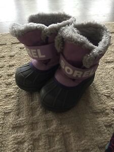 Size 7t sorel winter boots