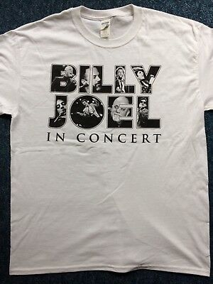 Billy Joel 2018  UK  &  European tour shirt.Size large.