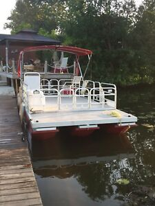 20' Retty Tritoon 2007, to ETec and trailer