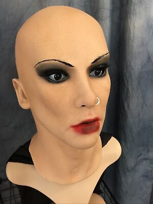 Latexmaske SCARLETT + PIERCING + WIMPERN Frauenmaske Gummi Frau Crossdresser
