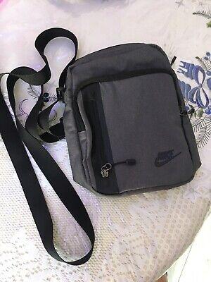 Nike Unisex Shoulder Bag Grey