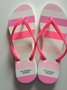 Sandales grandeur 9 ou 10
