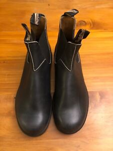 Blundstone Boots Size 9