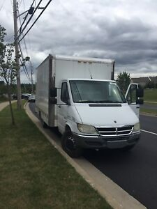 Moving truck Dodge Sprinter