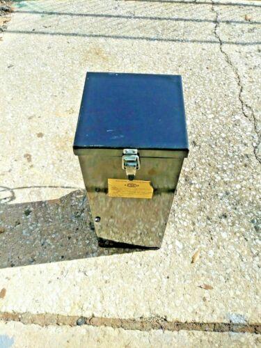 Lenco LRO-50-110 50 lb Portable 500 Watt 300 Degrees  Electrode Stabilizing Oven