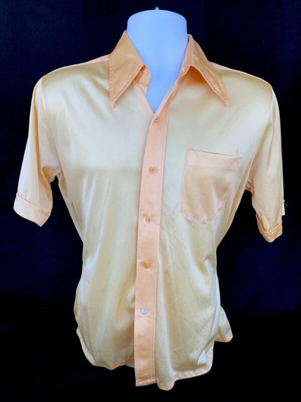 Vintage 70s Men's Nylon Short Sleeve Front Pocket Shirt Yellow