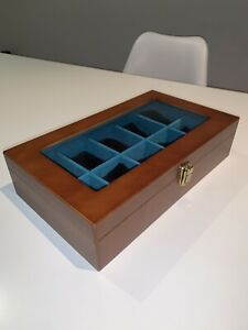 Wooden watch display case / box for 10 watches