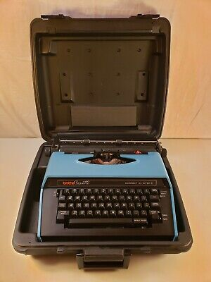 Brother - Correct-o-riter 1 - 4712 - Electric Typewriter - Hard Case -tested
