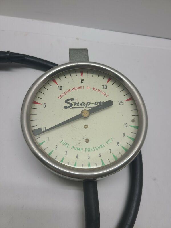 Vintage Snap On Tools Fuel Pump Pressure Gauge Great Graphic