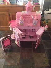 Baby born doll house And car Duncraig Joondalup Area Preview