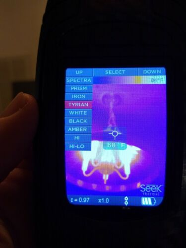 Very Light Use- Seek Reveal PRO Thermal Imaging System/ Camera with original box