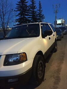 Ford Expedition  LOV km 165400 askin for$6300