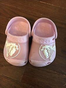 Baby Girl Crocs Size 4/5
