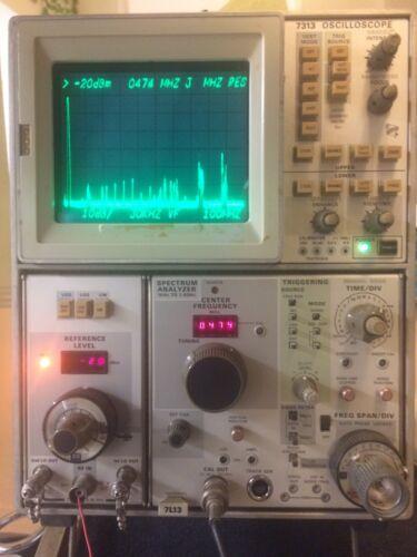 Tektronix Spectrum Analyzer  1KHz - 1.8GHz  Module - With 7313 Oscilloscope