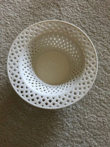 "Reticulated Chinese/Japanese Blanc De Chine White Porcelain Bowl 9""D"