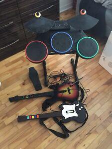 Guitar Hero, playstation 2, 4 jeux + équipements pour jouer