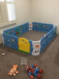 Baby Playpen with Gate and Activities 2.3*2.3M